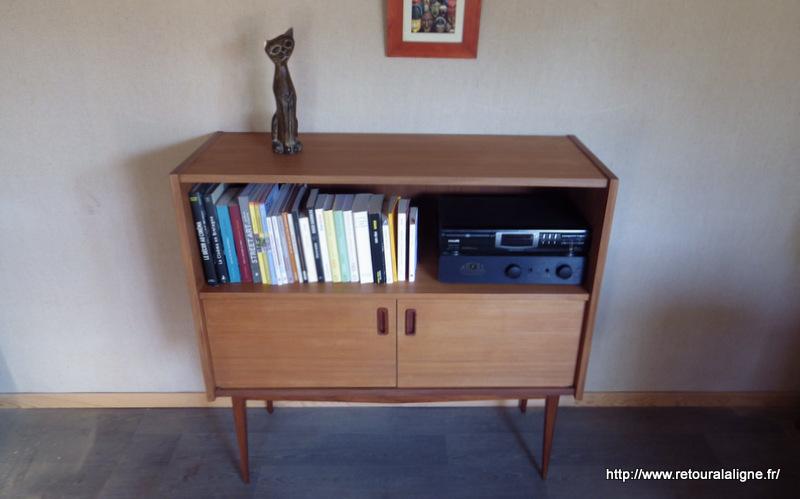 petit buffet biblioth que style scandinave retour la ligne. Black Bedroom Furniture Sets. Home Design Ideas